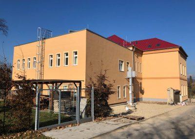 Přístavba a nadstavba ZŠ a MŠ Ledčice