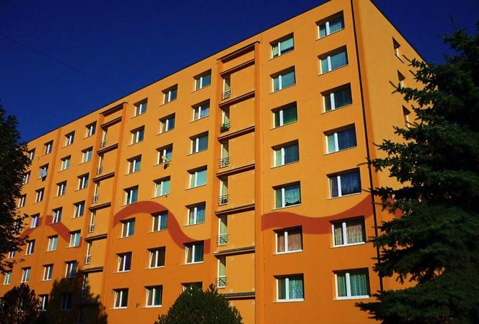 Odstranění vad panelové výstavby, sanace a oprava panelového bytového objektu