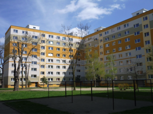 Oprava bytového panelového objektu